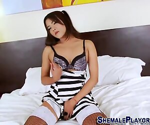 Asiatico Travone Giocattoli il suo culo