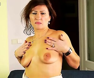Hot granny getting her pussy wet
