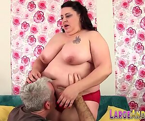 Curvy babe gets big ass rimmed and fucked
