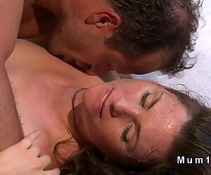 Fresh mom gets hairy cunt banged in the morning