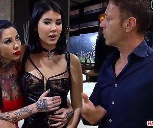 Rocco fornisce di nuovo, trio sexbombs in una gang orgia - Lady Dee, megan inky, lilu moon, alisha rage