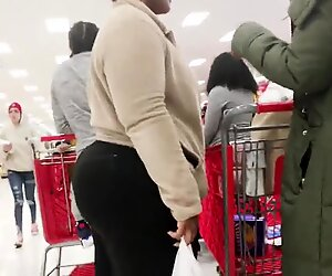Wide Booty Bbw Ebony Milf in Black Pants