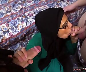 Adolescente Amatoriale Bambina Disirato Araba Donna scopa per Soldi
